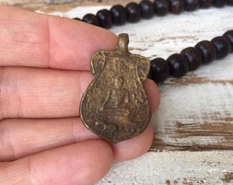 Thai Buddha Amulet Pendant / Thai Amulet / Buddha Pendant / Amulet / Amulet Pendant / Buddhist Amulet / Buddha Charm / BB25