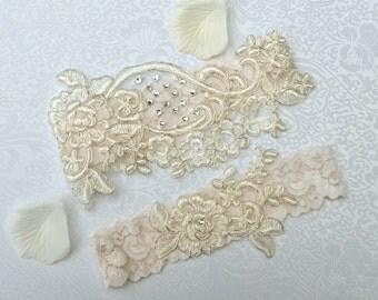 ON SALE Wedding Garter Set Bridal