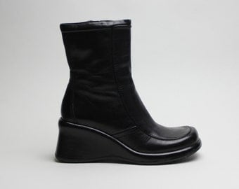90s black leather structural chunky wedge futuristic boots US 7.5