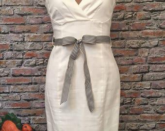 Vintage White Pique Cotton Wiggle Dress   Size 8