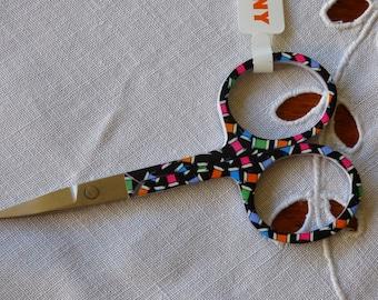 Chisel Pony pattern coil yarn