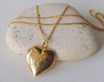 "Gold Tone Heart Locket Necklace 31"" Vintage Gold Heart Locket Chain Gold Two Heart Jewelry, Retro Heart Necklace MINT Gold Locket Jewelry"