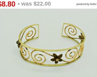 Vintage Bracelet, Scroll Bracelet, Krementz Bracelet, Cuff Bracelet, Fashion Jewelry,