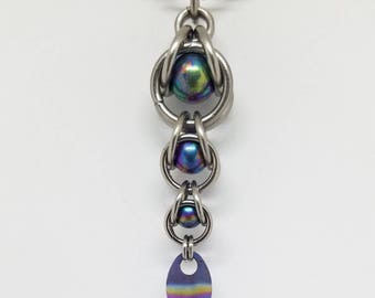 Rainbow Captured Titanium Ball Chainmaille Stainless Steel Pendant with Tiny Titanium Rainbow Scale