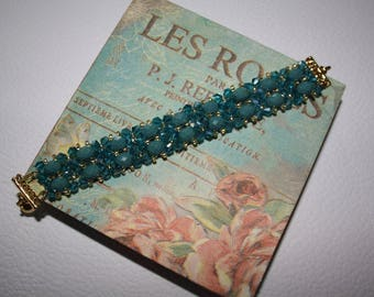 Handmade woven blue ombre Czech glass beads