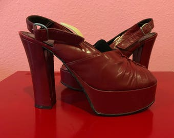 Vintage 1970s Heels - 70s Does 40s Red Leather Platform Shoes - 7