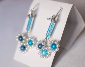 Bouquet of blue daisies - earrings