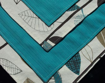 Reversible table placemats - Kitchen decoration, trends and fashion - Blue leaves pattern