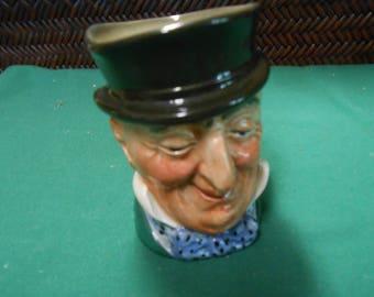 ROYAL DOULTON Mr. Micawber Mini Toby Mug