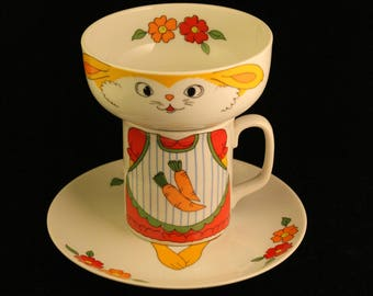 Rare! Vintage Stacking Child's Breakfast Set Plate Cup Bowl Bunny Rabbit Carrots Girl Porcelain Gift