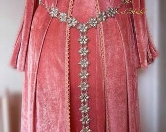 Silver Renaissance Medieval Girdle Belt, Silver Filigree Belt, Waist Chain, Silver Belt, Medieval Costume Jewelry, Regency, Edwardian