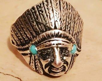 Chief ring in solid silver 925 with Arizona turquoise stone. Anello capo indiano con turchesi Arizona