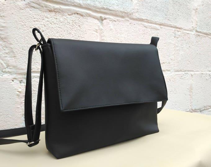 Shoulder bag Vegan Leather bag Crossbody bag Caramel Handbag Leather bags women
