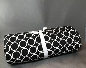 SUMMER SALE Metro Living 4 Yards PreCut Backing Piece by Robert Kaufman ~ Circles in Black ~ Cotton Quilt Fabric ~ 11016-2