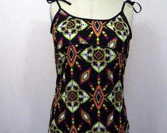 Docker woman Halter with Indian motif back lacing