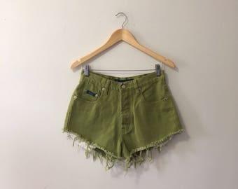Vtg chartreuse coloured denim cut off shorts size 28