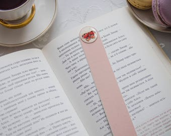 Watercolor butterfly Bookmark Watercolor pink bookmark Tiny Watercolor bookmark Butterfly bookmark Unique Bookmark Book Lover Gift