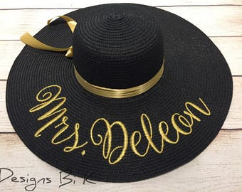Personalized straw hat, Custom straw hat, Embroidered floppy beach hat, Beach hat, Destination wedding, Honeymoon, Bride gift, Gifts for her