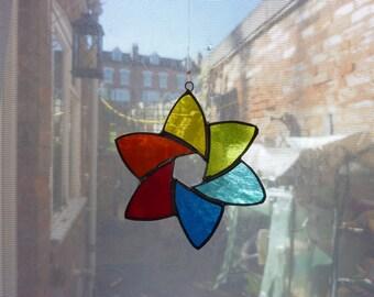 Staind glass ornament. hexagon star suncatcher,rainbow colour ornament.