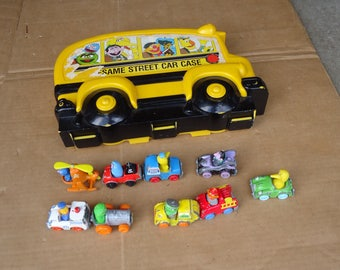 vintage sesame street toys diecast bus with case,sesame school bus,big bird,elmo,cookie monster