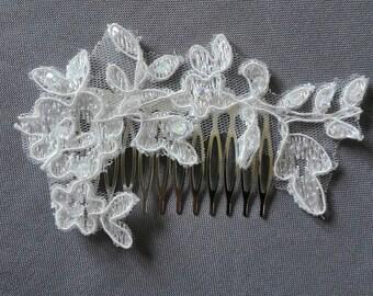 Bridal comb wedding hair bun light ivory lace beads evening ceremony Christmas