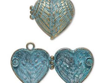 Patina Heart Locket, Patina Pendant, Heart Pendant, Angel Wings, Valentine, 31x30mm, 1 Each, D1075