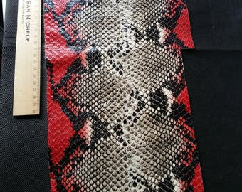 Fall Red/Soft/jewelry/leather python leather / leather texture/scales/snakeskin leather scraps/red scales/snakeskin / fancy /.