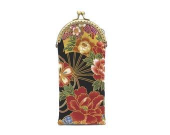 Etui à lunettes en tissu japonais noir à fleurs et éventails, à fermoir bronze