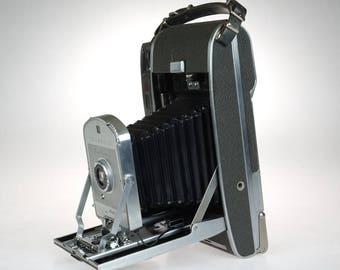 Polaroid Land Camera Model 150 - Vintage Polaroid - 1950s