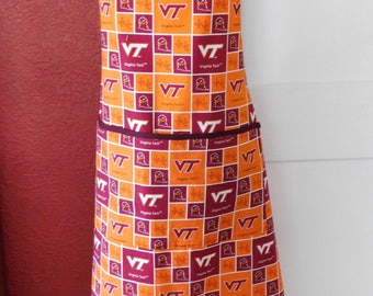 MENS VT APRON  --  Large lined pocket with small drink pocket