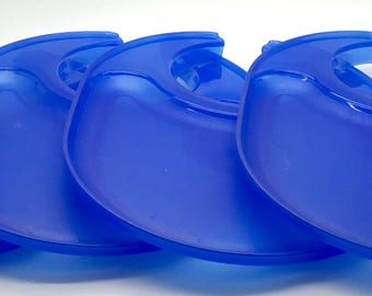 Vintage Tupperware Picnic  Snack Plates Cup Holder Tumbler Glass Holder 4516  Blue   Camping RV Patio Garden