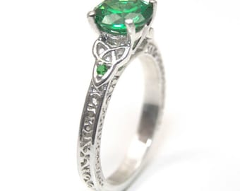 Trinity Knot 4 Claw 1.5ct Emerald Sterling Silver Engagement Ring (287)