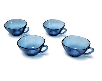 4 blue glass coffee cups VERECO
