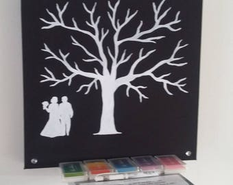 """prints """"love in black and white"""" tree for approximately 100 people"""