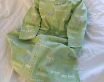 FLANNEL SLEEP SACK ---with or without mittens -- available in  S,M,L or X-L --   green with foot prints and baby words