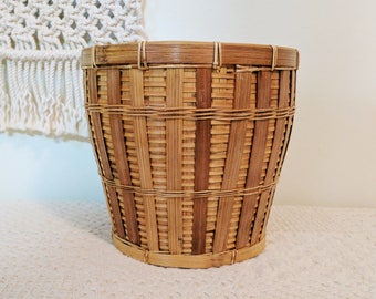 Vintage Pale Brown Woven Basket / Woven Planter