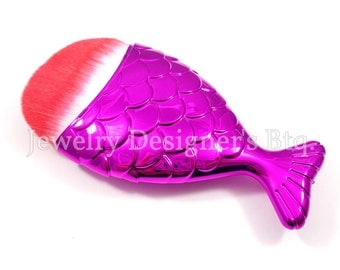 Mermaid Tail Makeup Brush, Mermaids Cosmetic Brushes, Fish Scale Brushes, Synthetic Face Brush - 1 Piece - Magenta