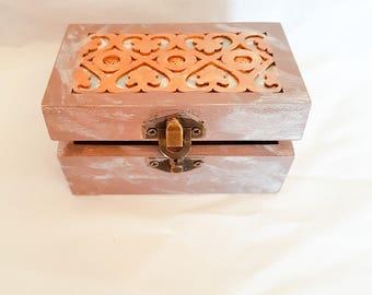 Joan small trinket box
