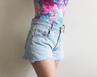 Levi's Light Wash Faded Blue Cut Off Denim Shorts Size M / Levi's Cut Off Shorts / Light Denim Levi's Cut Offs /  30 Inch Waist