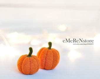 2 Felted Pumpkins Fall Autumn Decor Harvest Ornament Thanksgiving Halloween Decoration Orange Felt Pumpkins Rustic Set of 2