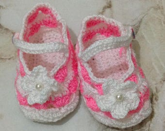White and Pink Crochet Baby Booties, Baby Girl Booties, Baby Shower Gift, Baby Shoes