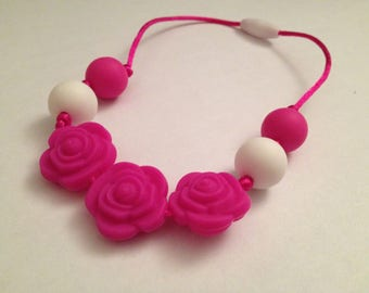 121 - 3 flowers hot pink and white beads - gril
