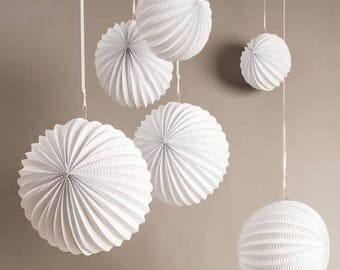 Paper - white lanterns