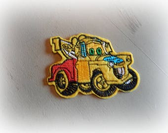 applique / patch yellow truck iron-on or sew 8.5 * 6 cm