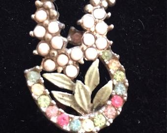 Vintage horseshoe brooch. Lucky horseshoe brooch