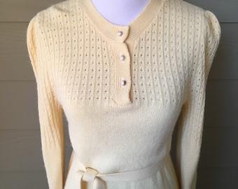 Vintage Pale Yellow Light Sweater Dress Small