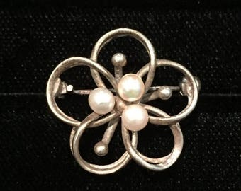 summer17 Cultured Pearl Pin - Sterling - CA 1980's - Pin105