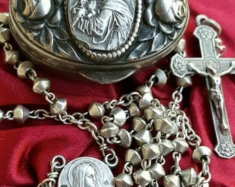 Vintage Spanish Saint Anthony Silver Blessed Virgin Mary Rosary Case and Rosary Blessed Mother Mary Rosary Art Nouveau First Communion Gift