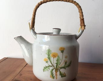 White Dandelion Teapot With Wicker Handle