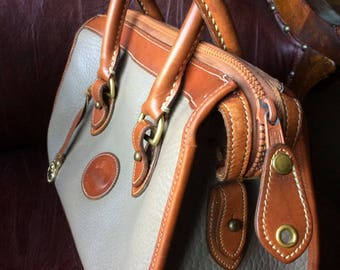 FREE SHIPPING//Vintage Dooney and Bourke Satchel//Large Capacity Interior//All Weather Pebbled Leather//Pretty//Clean//Amazing